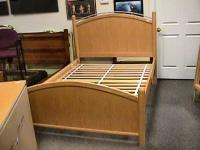 Stanley Wood Full Size Bed Bedroom Furniture Nice