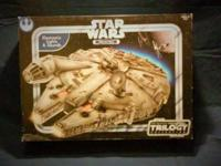 Hasbro Star Wars Millennium Falcon 2004 This item had