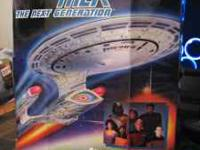 Star Trek Mini Playset $15 New in Box, Factory Seaded!
