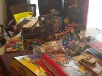 Have Star Wars figurines, comic books (Spider Man, X