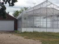 State of the art greenhouse available to rent. Living