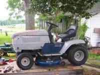 "42"" STATESMAN RIDING LAWNMOWER 16.5 B@S SINGLE CYL"