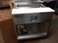 FOR SALE - 33w x 30d STEAM TABLE. IN GREAT CONDITION