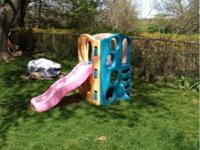 Step 2 Climber with slide. Good condition. A little