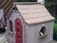 Playhouse imn good condition. Over $400 new. You will
