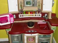 Hi, I'm selling this Step 2 Kitchen because my daughter