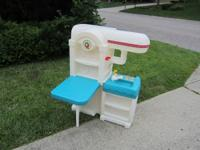 Adorable Step 2 play kitchen. Has a little table that