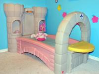 For sale Step 2 Princess Dream Castle Bed (MATRESS