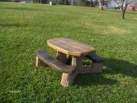 Step2 Picnic Table, very good condition, brown. My