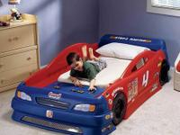 Step2 Race Car Bed in excellent condition.  Pictures