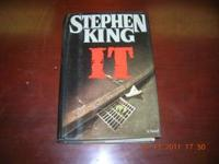 This is a Stephen King It Novel. It is in good