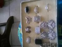 I am selling 9 rings,4pairs of earings,1 pendant great
