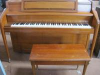 FOR SALE SOLID WOOD STORY & CLARK UPRIGHT PIANO WITH