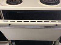 STOVE Hotpoint  Must see, excellent condition, almond 4