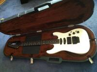 This is a scratch less 89 strat hm that is in mint