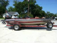 1992 17 foot Stratos bass boat with 1992 Johnson 120.