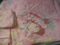 Strawberry Shortcake bedding set for toddler bed
