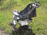 Nice Stroller with storage underneath. E-mail or call