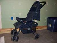 Medium sized, collapsable stroller. Great shape. blue