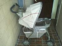 Used stroller great conditions  Location: Orlando