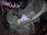 Graco Baby stroller. Winnie the Pooh. works great like