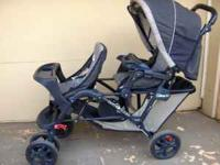 Stroller Graco Duo Glide in line with sunroof, storage,