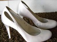 STUART WEITZMAN WHITE, SATIN SHOES, NEVER WORN,