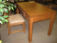 Oak Studen Desk. 4 Feet wide, 2 feet Deep... SALE!