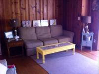 Room to rent in a 2 bedroom/ 1 bath apt in the
