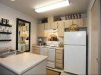 Walk-in closet available, Full-size washer dryer