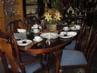 THIS DINNING SET IS USED BUT IN EXCELLENT CONDITION.