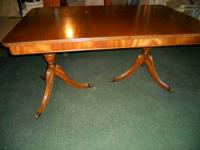STUNNING DOUBLE PEDESTAL MAHOGANY DINING ROOM TABLE .
