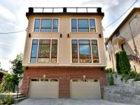 Spectacular Loft Style Townhome for Sale in Edgewater,