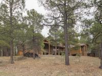 Stunning mountain retreat in the lifestyle community of