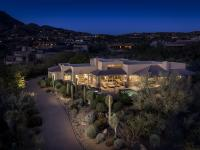 Stunning Desert Oasis: With an elevated perch in Desert