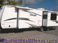 This great travel trailer by Prime Time will have your