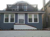 Summer Rental!!! 3 Houses from Beach 3 Bedrooms, 1