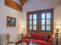 Old Hollywood on Fairway Road. Located at the end of