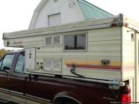 1987 Sunlite Eagle 8' Truck Camper for sale. This is a