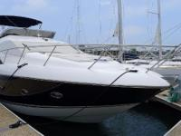 The Sunseeker Manhattan is a luxurious motoryacht with