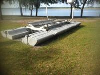 hydraulic boat lift.......solar system......solar dc