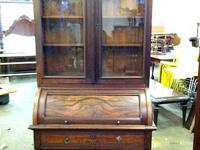 ANTIQUE ESTATE AUCTION  SUNDAY NOVEMBER 24 AT 11:00