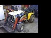 Super Cub 1872 tractor with Hydraulic loader. Tractor