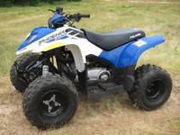2012 Polaris Phoenix 200. SHARP looking, ultra low hour