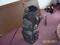 (1) Black Super Z Adult Golf Bag w/Umbrella (no clubs)