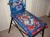 ELECTRONIC KIDS PINBALL MACHINE---SUPERMAN-- WORKS