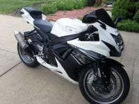 GSX-R 600. DAUGHTER'S BIKE great shape .never wrecked.