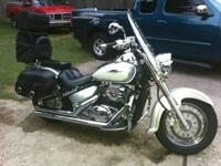 2007 Suzuki Boulevard - PACKED WITH BONUS !! BAGS -
