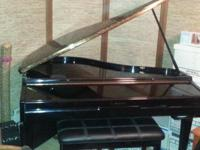 Suzuki GP-3 Mini-Grand Digital Piano produced by Suzuki