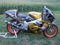 1996 Suzuki GSXR 750 SRAD, rare gold / brown color